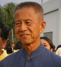 Chamlong Srimuang<br>(จำลอง ศรีเมือง)